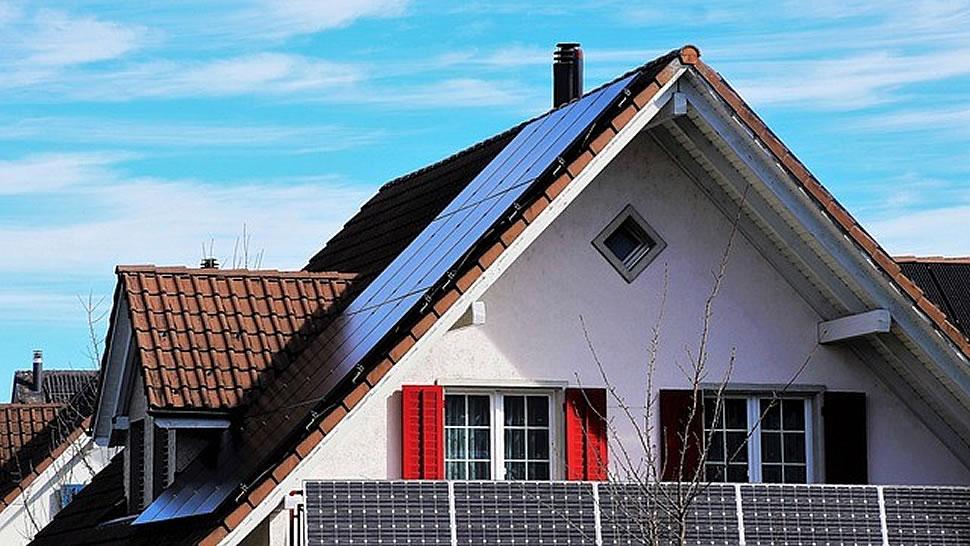 Solaranlage kaufen oder mieten? Mittlerweile gibt es Optionen. Foto: pixabay.com