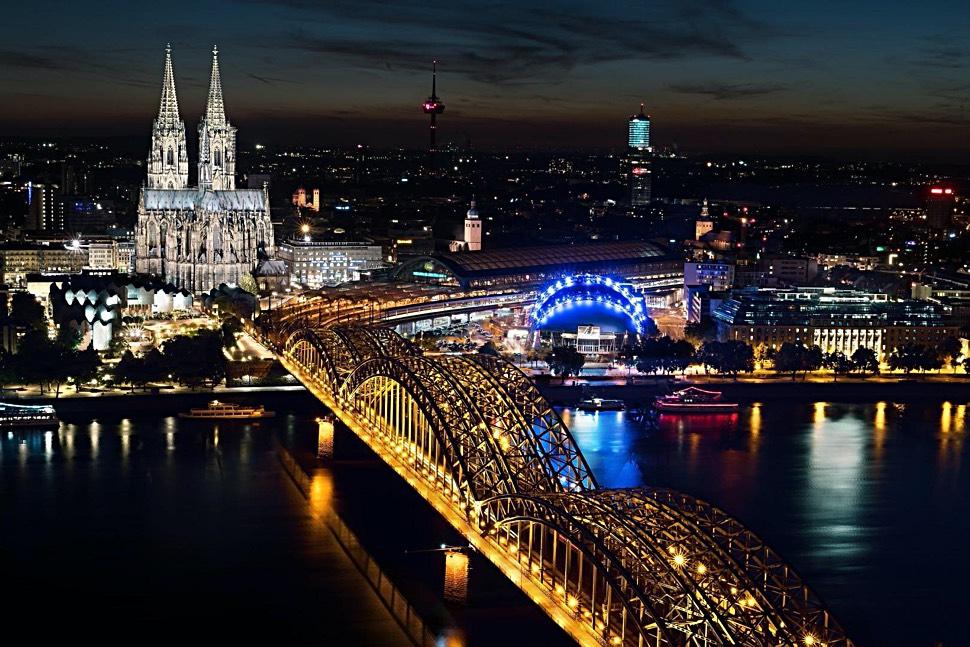 Millionenstadt Köln: Hier leben Menschen aus rund 180 verschiedene Nationalitäten eng beieinander. - Foto: pixabay.com © gerdrohsdesign (CC0 Creative Commons)