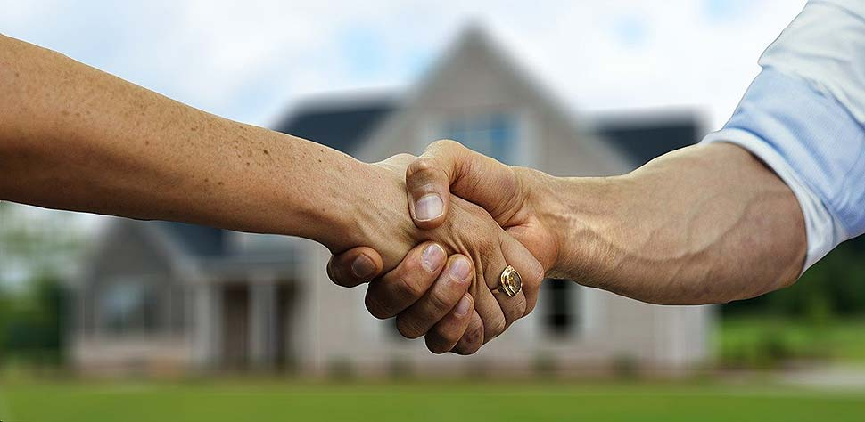 Mit der richtigen Baufinanzierung wird der Traum vom Eigenheim bald wahr. Vorher ist jedoch Planungsarbeit angesagt. Bildquelle: @ geralt / Pixabay.com