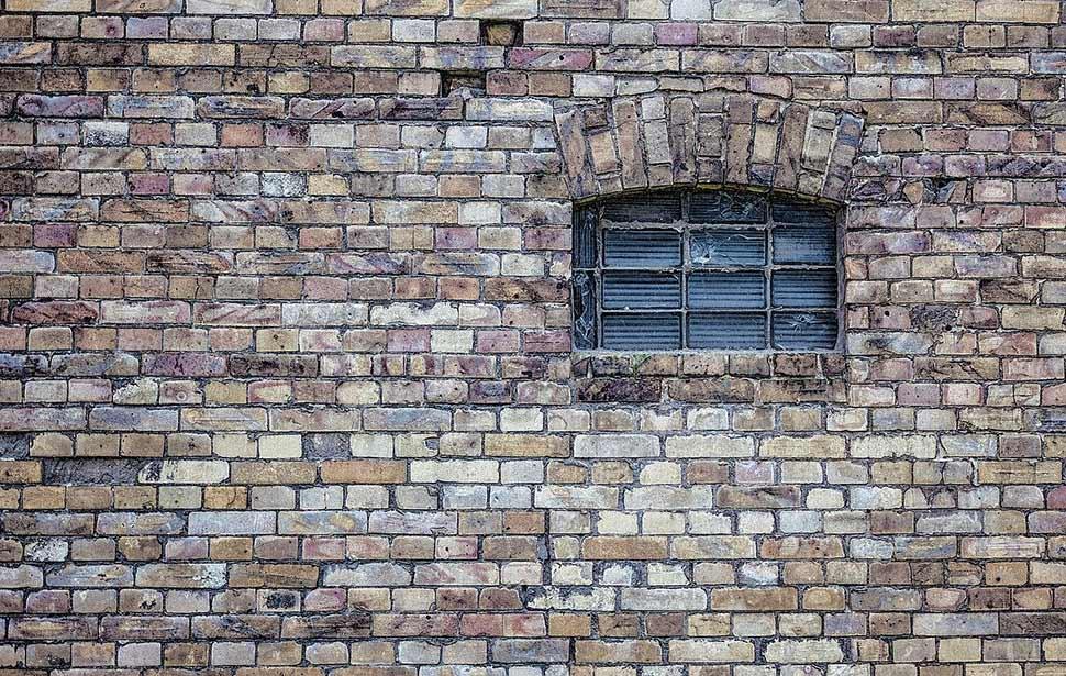 Foto: Pixabay.com © Nikiko CCO Public Domain - Investoren sollten sich in Berlin auf die Suche nach renovierungsbedürftigen Bestandsobjekten machen.