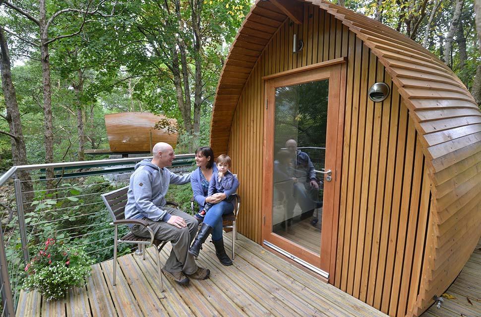 Leben mitten in der Natur auf möglichst kleinem Raum. Cabins wie diese laden zum Probewohnen ein. - Foto: pixabay.com © lmcpy (CC0 Creative Commons)